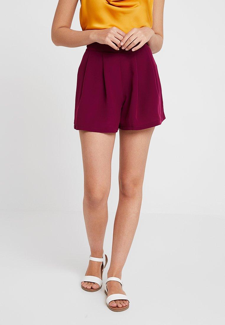 KIOMI - Shorts - red violet