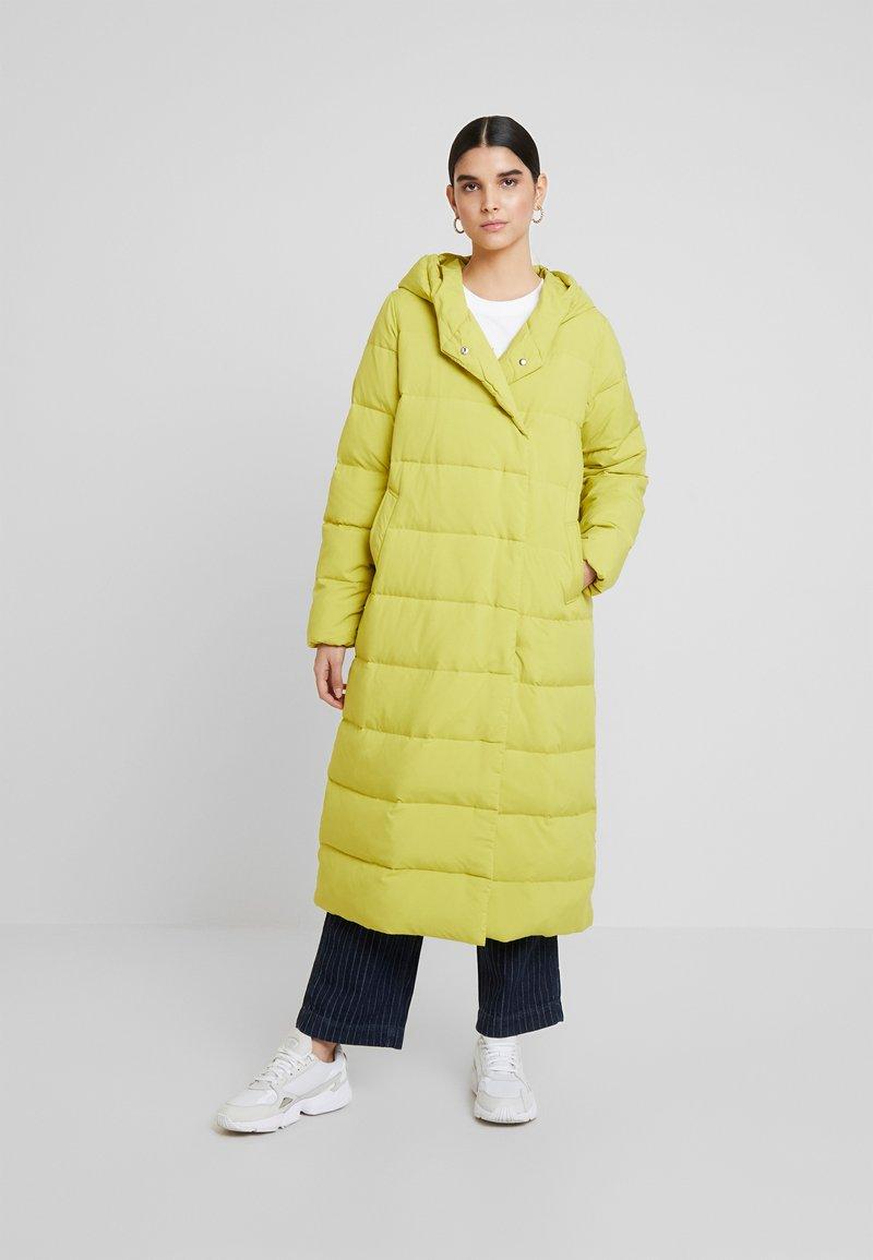 KIOMI - Down coat - green