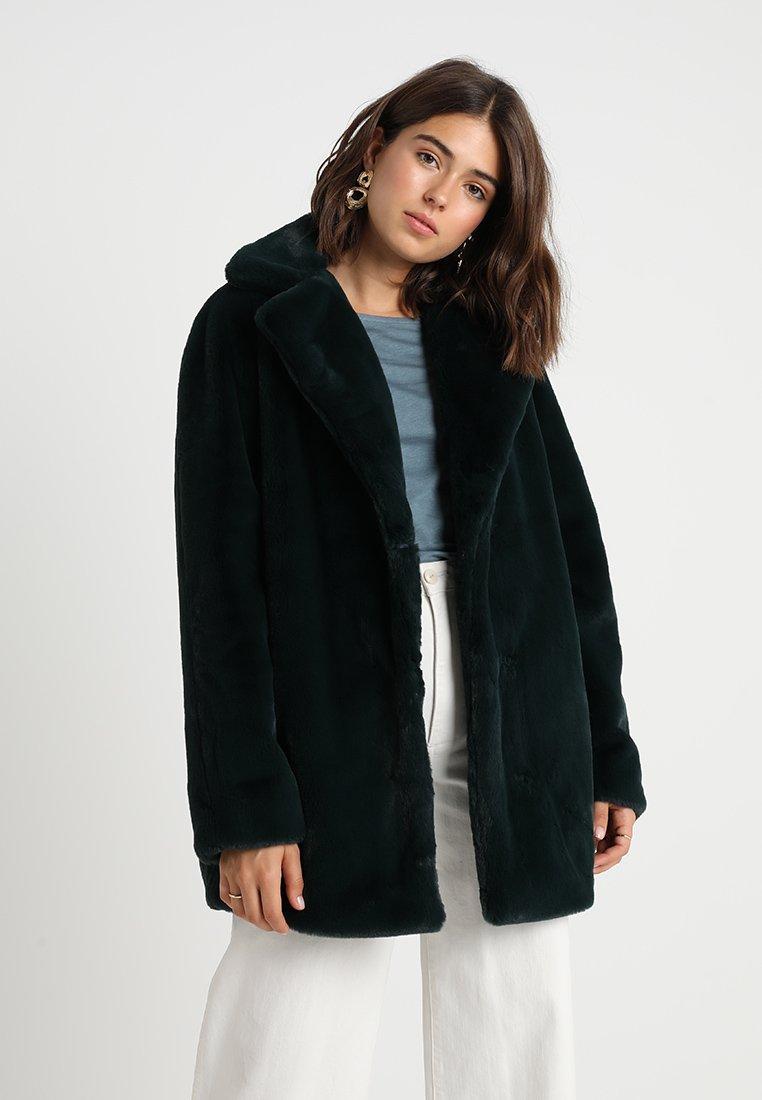 KIOMI - Winter coat - dark green