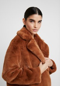 KIOMI - Winter coat - cognac - 4