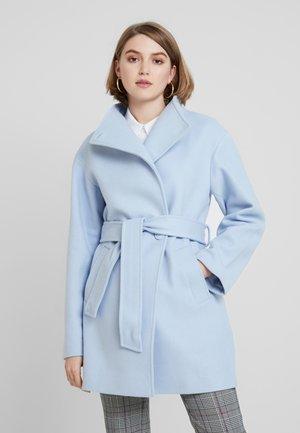 Kort kåpe / frakk - light blue