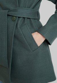 KIOMI - Cappotto corto - green - 5