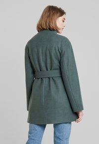 KIOMI - Cappotto corto - green - 2
