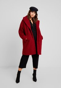 KIOMI - Zimní kabát - dark red - 1