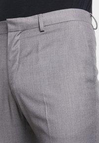 KIOMI - Anzug - light grey - 8