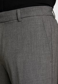 KIOMI - Pantalon de costume - mottled grey - 3