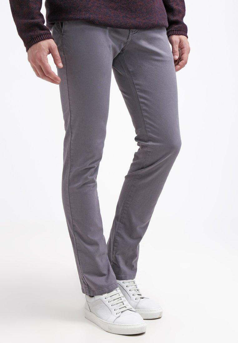 KIOMI - Pantalones chinos - grey