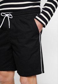 KIOMI - Shorts - black - 3