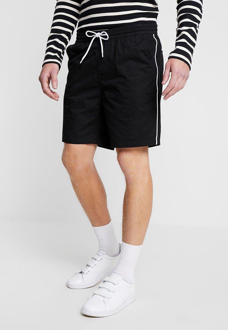 KIOMI - Shorts - black