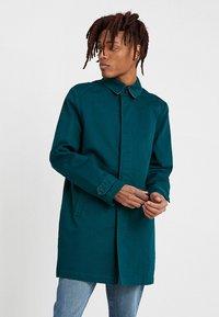 KIOMI - Krátký kabát - dark green - 0