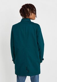 KIOMI - Krátký kabát - dark green - 2