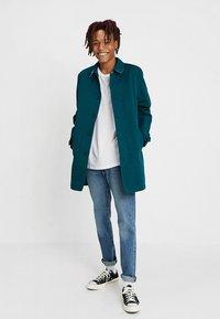 KIOMI - Krátký kabát - dark green - 1