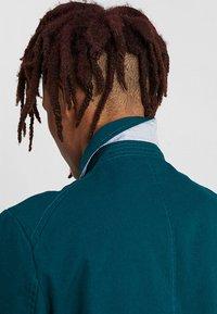 KIOMI - Krátký kabát - dark green - 5