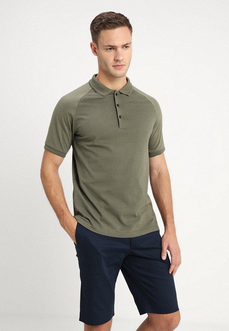 KIOMI - Polo shirt - oliv