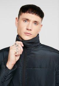 KIOMI - Lehká bunda - black - 5
