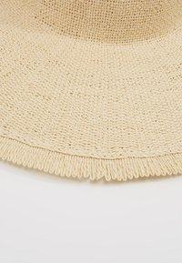 KIOMI - Sombrero - beige - 5