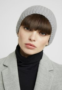 KIOMI - Čepice - light grey - 1