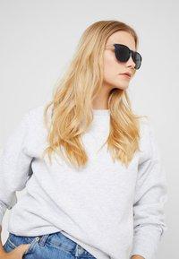 KIOMI - Sunglasses - dark blue - 1