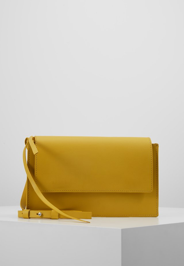LEATHER - Sac bandoulière - yellow