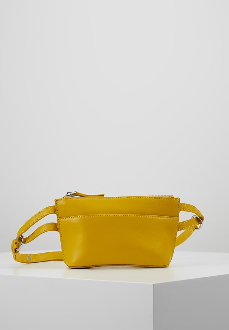 KIOMI - Bum bag - yellow