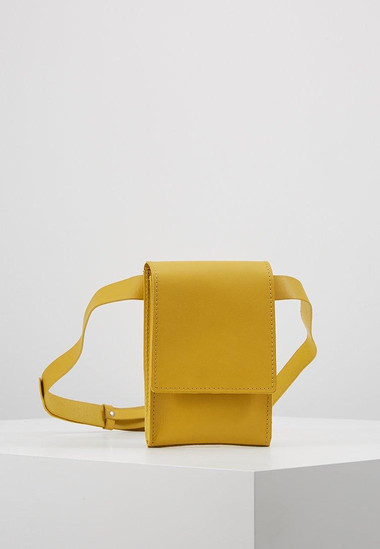 KIOMI - Gürteltasche - yellow