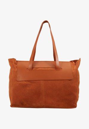 LEATHER - Shopping Bag - cognac burned orange
