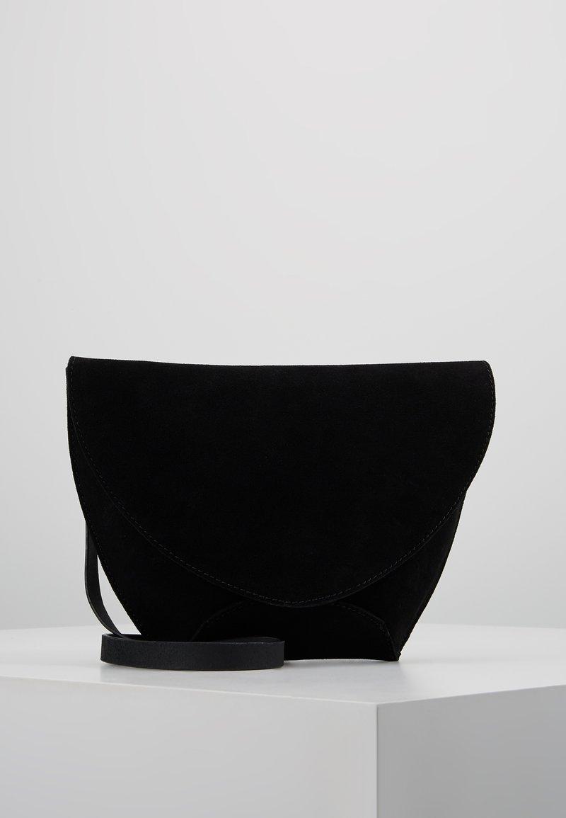 KIOMI - LEATHER - Schoudertas - black