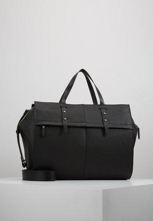 LEATHER - Weekendbag - black