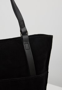 KIOMI - LEATHER - Tote bag - black - 6