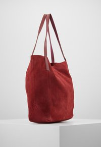 KIOMI - LEATHER - Shopping Bag - ruby red - 3