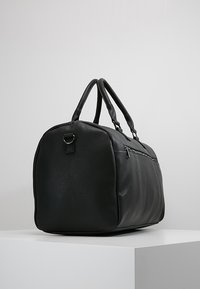 KIOMI - Sac week-end - black - 3