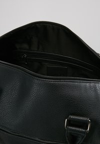 KIOMI - Sac week-end - black - 4