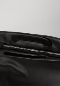 KIOMI - LEATHER - Briefcase - black - 5