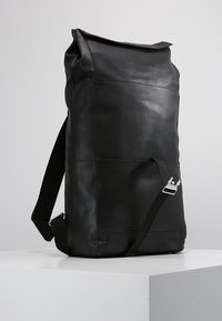 KIOMI - LEATHER - Rucksack - black - 5