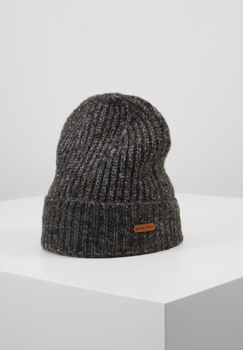 Pier One - Bonnet - black