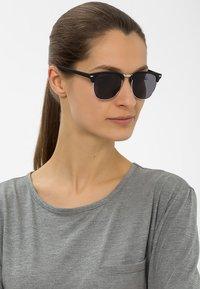KIOMI - Okulary przeciwsłoneczne - black - 1