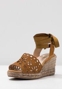 Kanna - LAURA - Platform sandals - cognac - 4