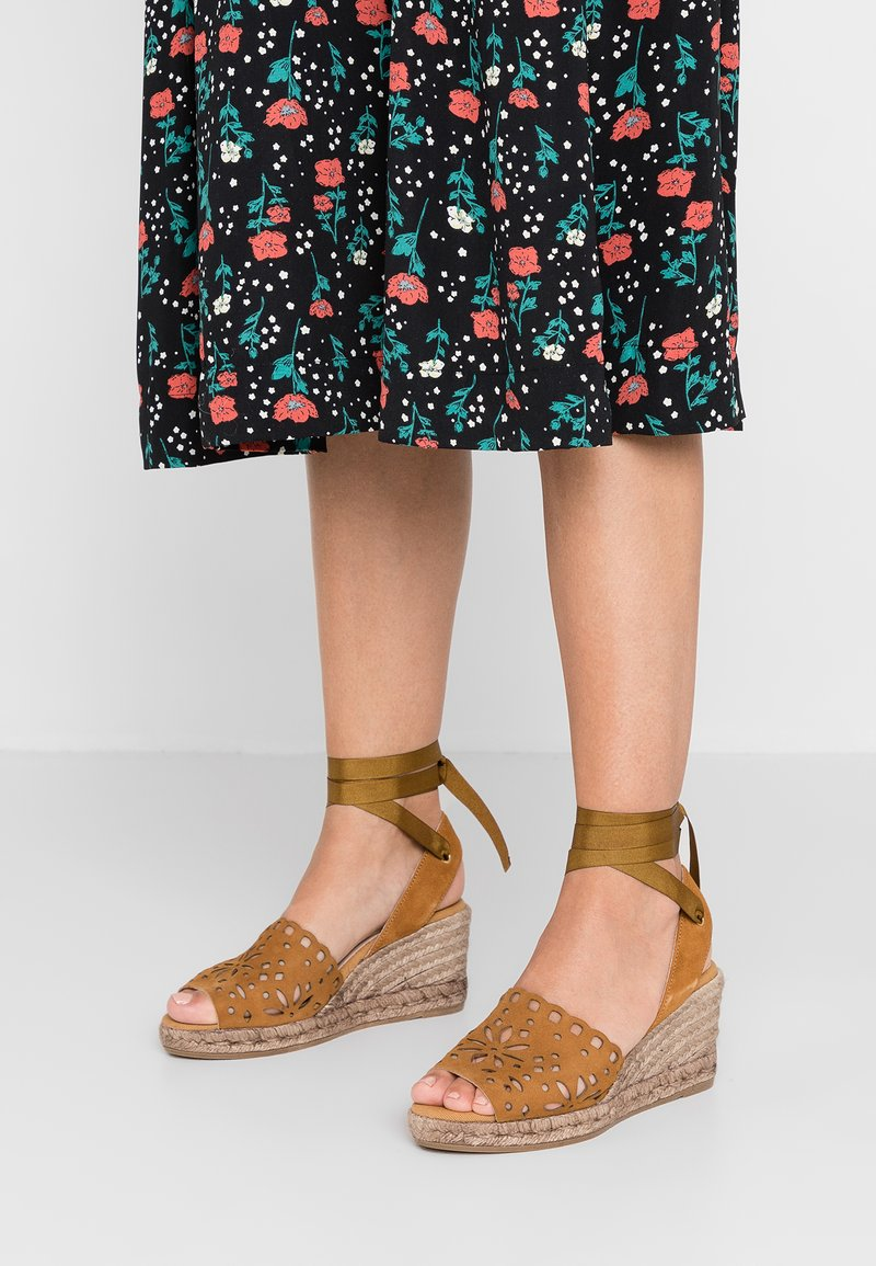 Kanna - LAURA - Platform sandals - cognac