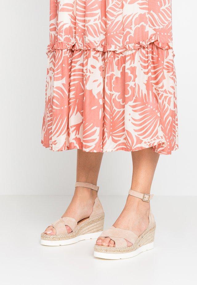 MOIRA - Platform sandals - basket rosa