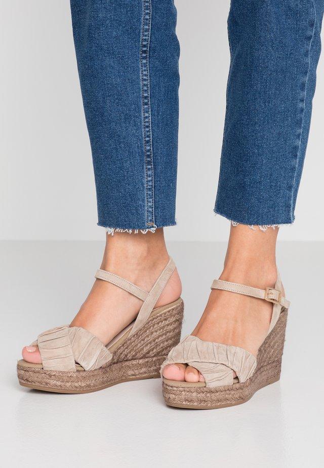 INES - High Heel Sandalette - taupe