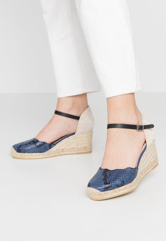 Platform heels - serpiente/azul laura