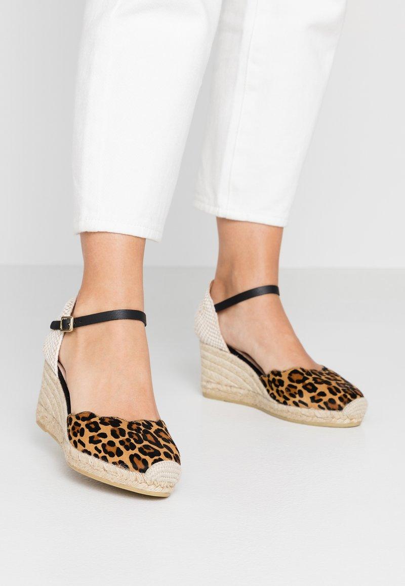 Kanna - Platform heels - brown