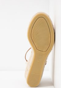 Kanna - CAPRI - Korkeakorkoiset sandaalit - naranja fluor - 6