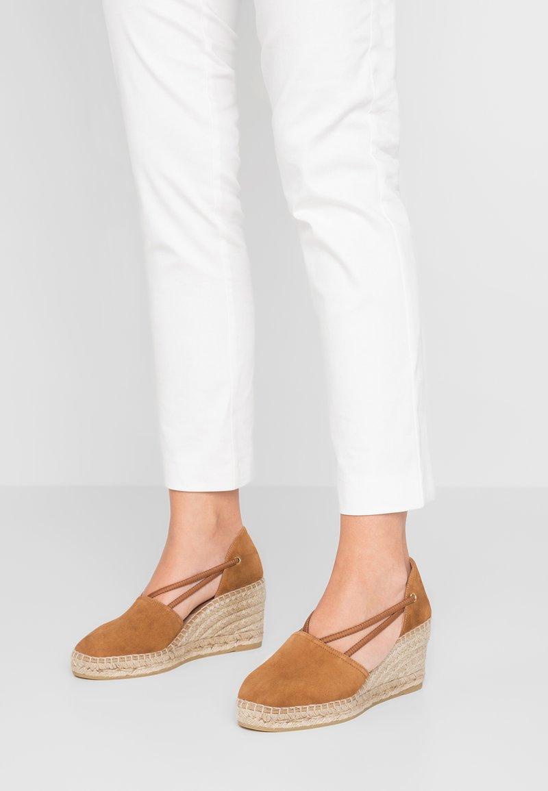 Kanna - ANIA - Platform heels - cuero