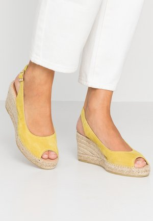 BASIC - Platform sandals - amarillo