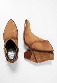 Kanna - SUVA - Ankle boots - cognac - 3