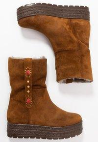 Kanna - MISURI - Platform boots - cortina oil - 3