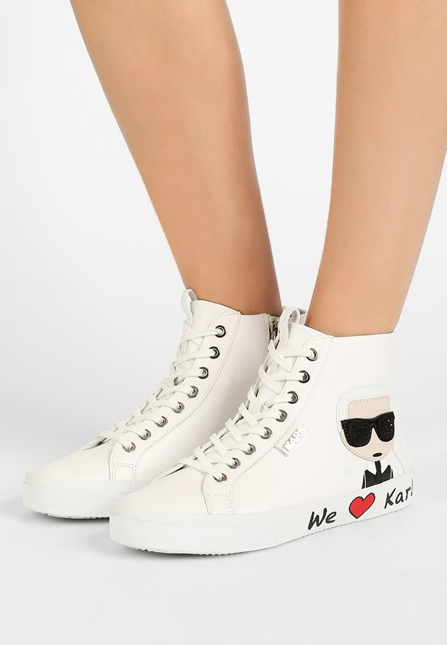 SKOOL IKONIC LACE - High-top trainers - white