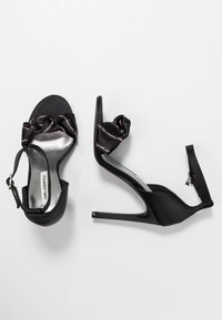 KARL LAGERFELD - MASQUE ANKLE STRAP - High Heel Sandalette - black - 3