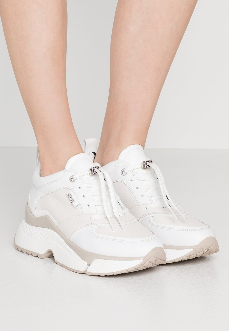KARL LAGERFELD - AVENTUR MID LACE - Sneakers - white